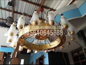 LAMPU NABAWI