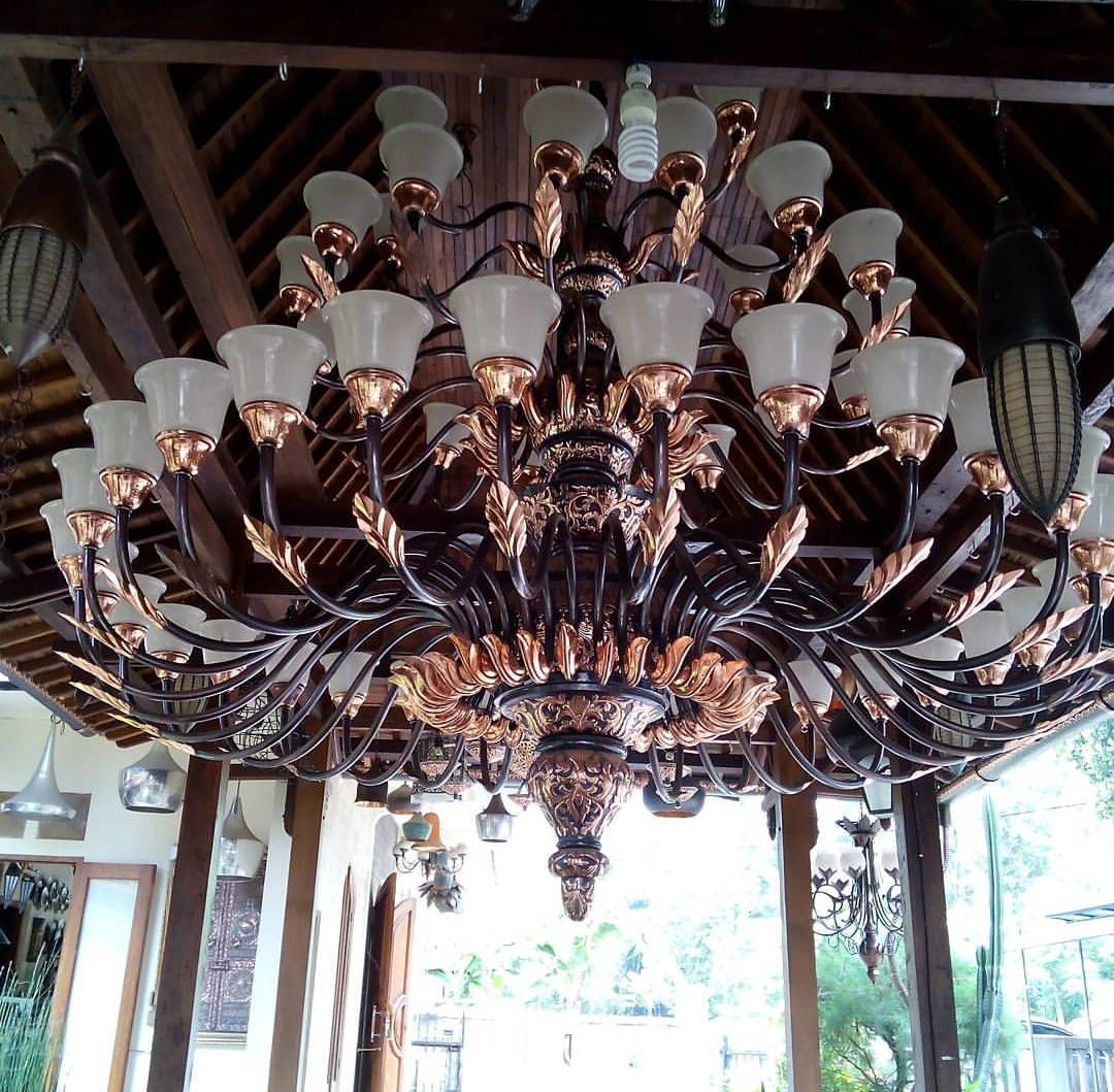 LAMPU TEMBAGA KUNINGAN