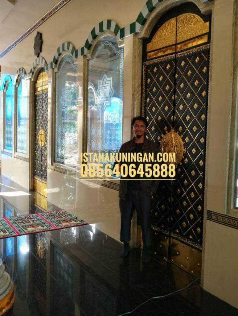 Pintu Masjid