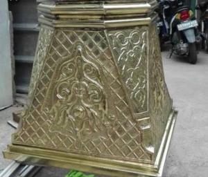 pilar tembaga kuningan