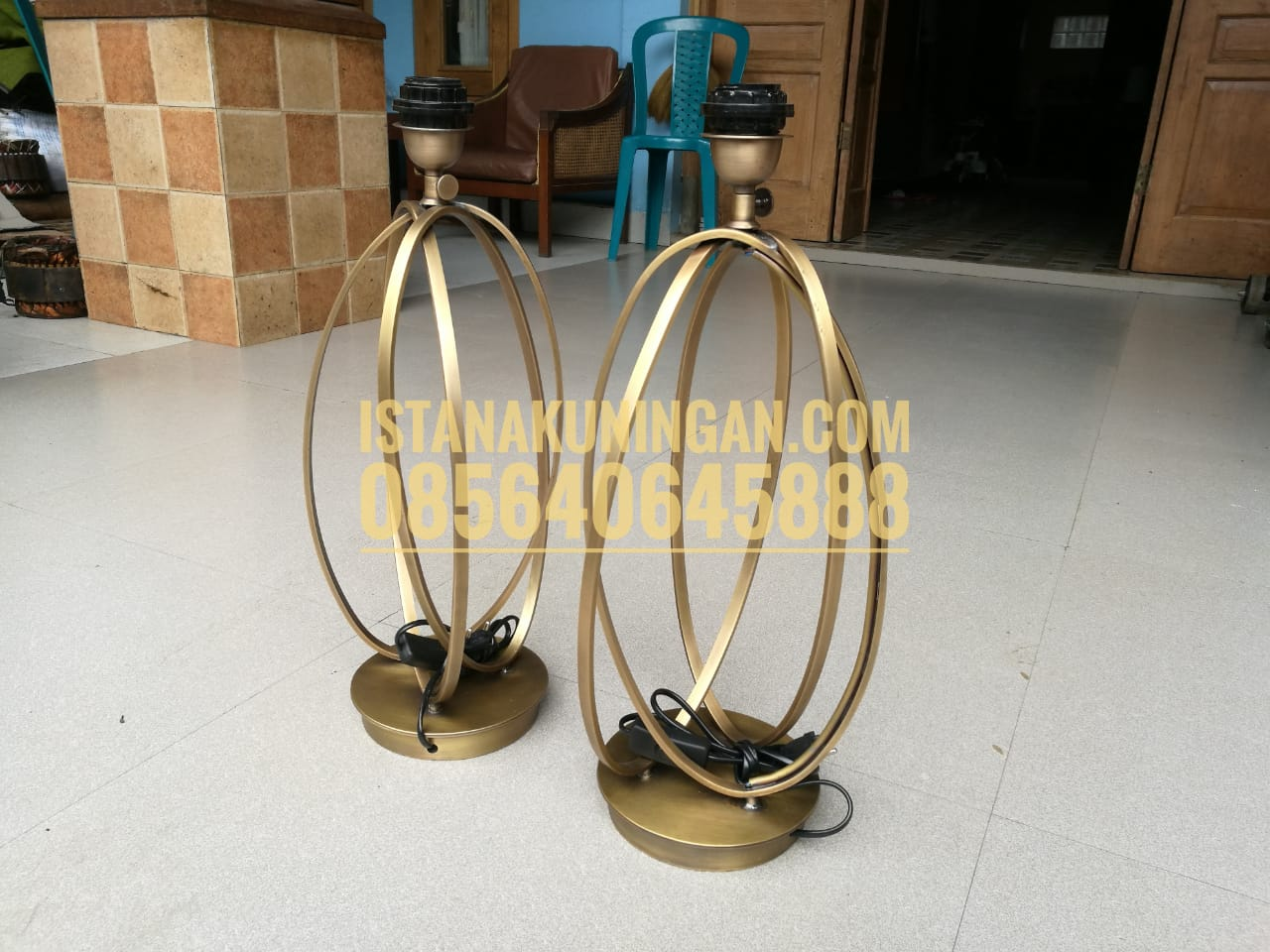 lampu meja table lamp tembaga kuningan