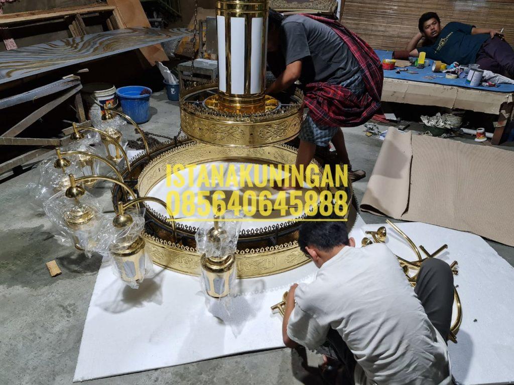 Lampu Masjid Nabawi Tembaga